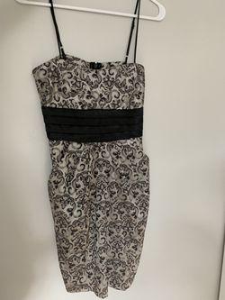 Woman's dresses - Size M Thumbnail