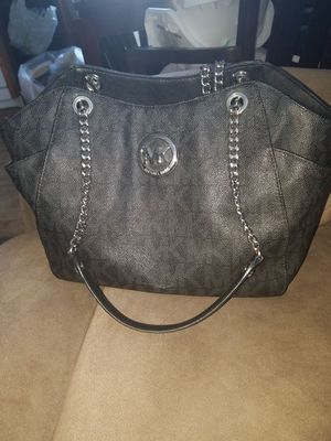 9914a51627 New and Used Michael Kors for Sale in Santa Maria