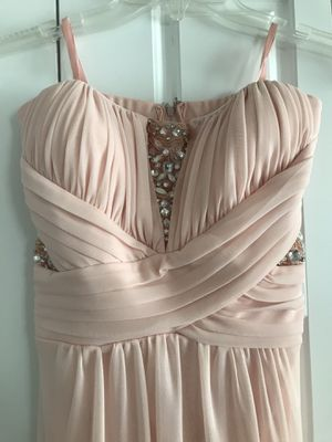 size 3/4 blush maxi dress for Sale in Bothell, WA