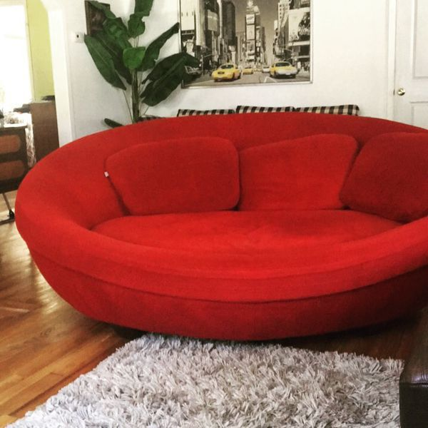 Rare Unique Large Red Cellini Ufo Sofa Oval Round Couch Loveseat Nest Love Seat San Antonio