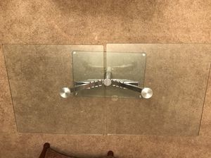 Expandable contemporary glass coffee table for Sale in Bethesda, MD