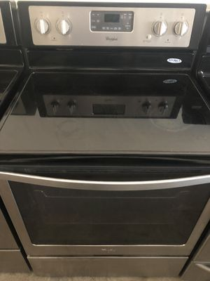 Stove Whirlpool 5 Burners Convection Oven Stainless Steel for Sale in Kissimmee, FL