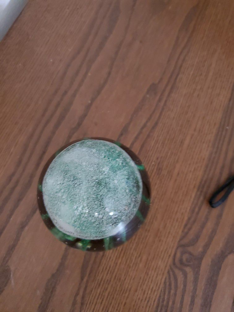 """Hand made 5"""" Jelly Fish Green color in the glass, glowing in the dark,"""