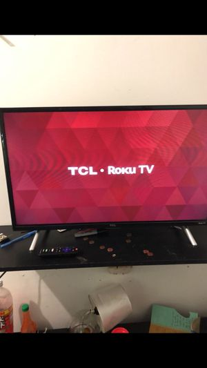 TCL 32inch HD Roku Smart TV In Great Condition for Sale in Ashburn, VA