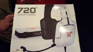 Ps4 headphone set paid 200 amazing sound. for Sale in Miami, FL