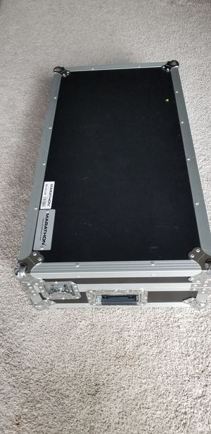 case for DJ equipment, Heavy Duty Gear DJ stand, door lock, black and silver color for Sale in Washington, DC