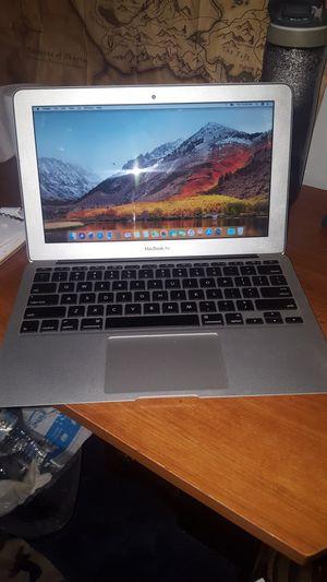 Mac Book Air 2012 11inch for Sale in Apopka, FL