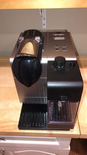 Nespresso Lattisima Plus Espresso Coffee Maker for Sale in Herndon, VA