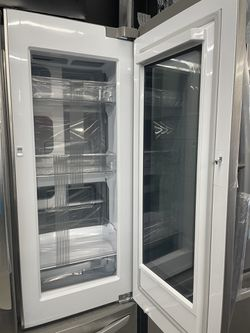 LG COUNTER DEPTH FRENCH DOOR STAINLESS STEEL REFRIGERATOR Thumbnail