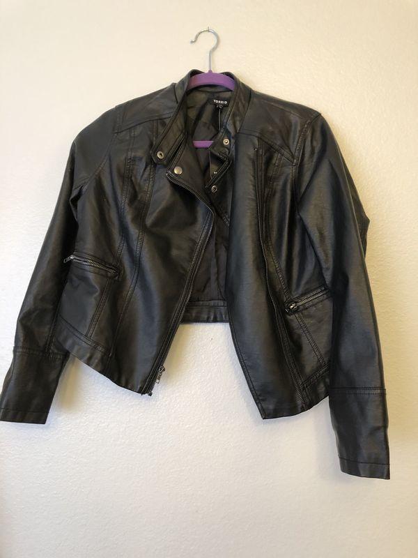 b7f1587453e41 Torrid 00 new black pleather jacket for Sale in Las Vegas