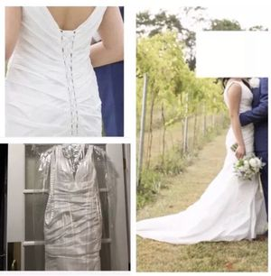 Size 4-10 Exclusive Allure Wedding Gown V Neck Corset Back Chapel Train Dress for Sale in Oakton, VA