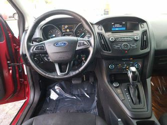 2015 Ford Focus Thumbnail