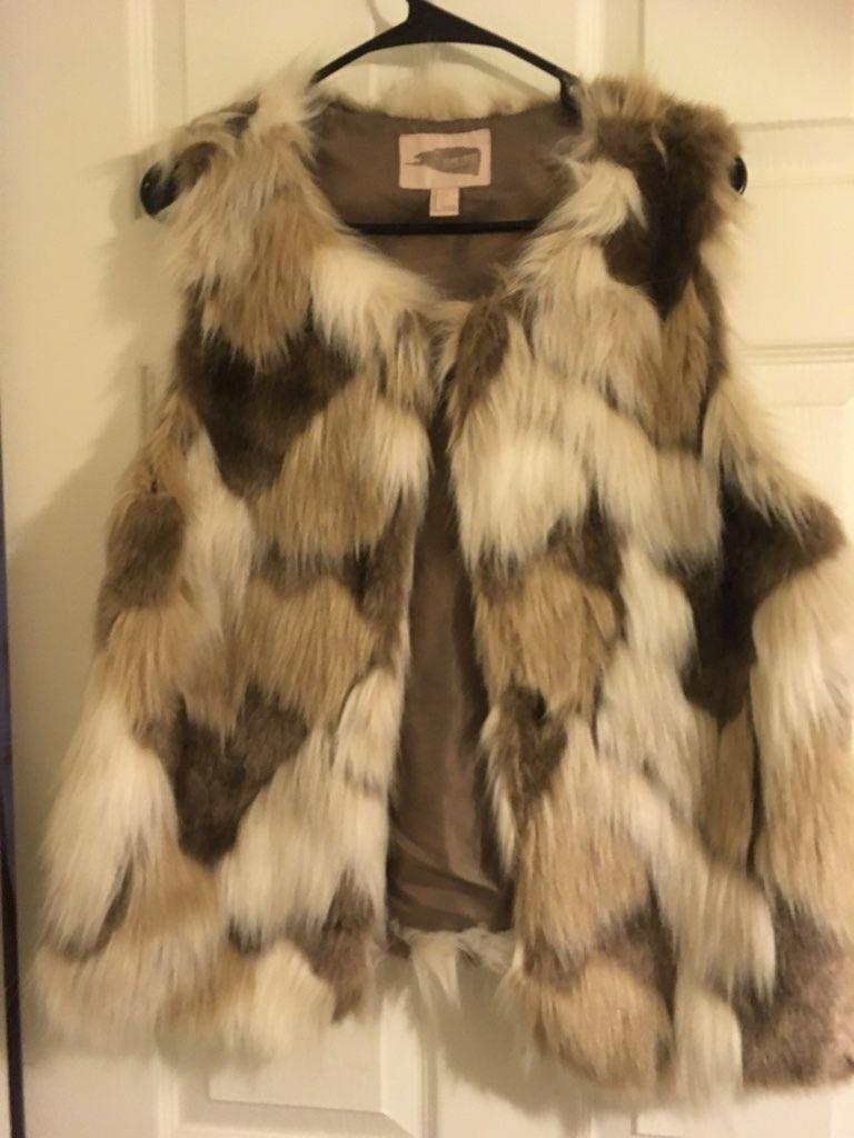 Women's fur sweater vest