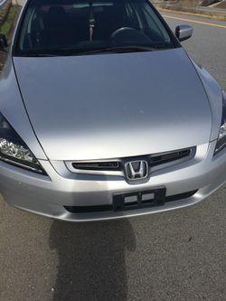2004 Honda Accord Thumbnail