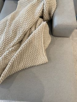Dania Couch With Loveseat Thumbnail