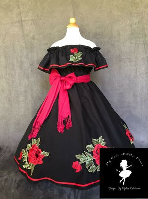 de1406a9d3 vestidos mexicanos ninas y adulto for Sale in Riverside