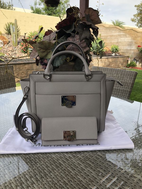 bcafef7051fd Mk set purse and wallet Tina satchel ASH grey color New for Sale in ...