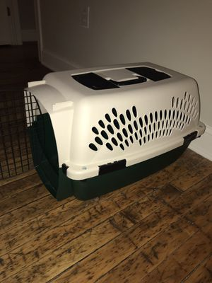 Plastic dog crate for Sale in Baltimore, MD