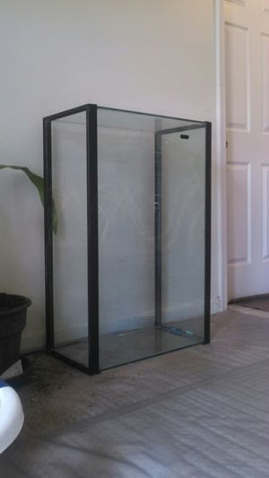 45 gallon tank, filter, heater, cartridges, test kits for Sale in Fairfax, VA
