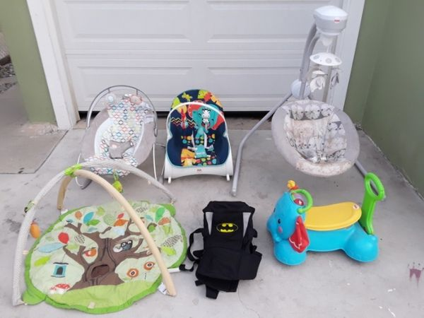 418547395 Vibrating and bouncer chair