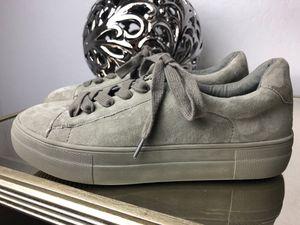 0b3a42f0ab4 Steve Madden Gisela Low Top Sneaker Size 7.5 Women s for Sale in Phoenix
