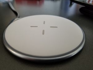 Quick charge wireless phone charger for Sale in Lakewood, WA