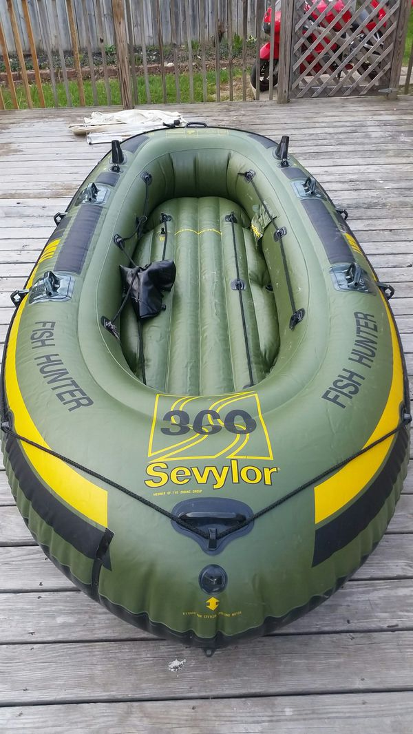 6 person Sevylor Fish Hunter Inflatable Fishing Boat Raft for Sale in  Versailles, IN - OfferUp