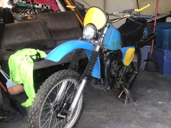 1979 yamaha it400f