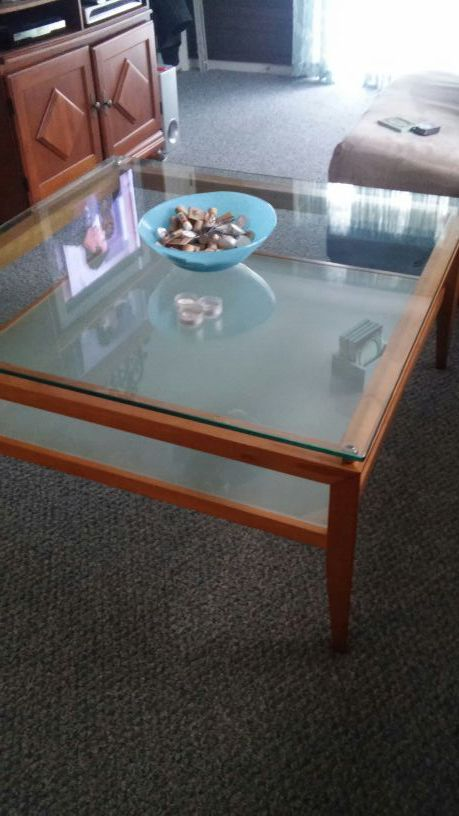 Coffee Table And 1 End Table Furniture In Winston Salem Nc Offerup