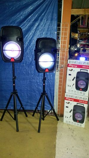 "Brand new Rigdeway rechargeable 12"" DJ speaker bundle for Sale in Los Angeles, CA"