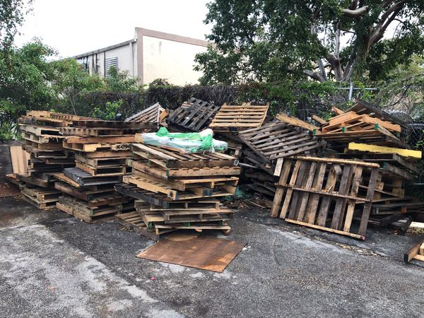 Pallets for Sale in Miami, FL - OfferUp