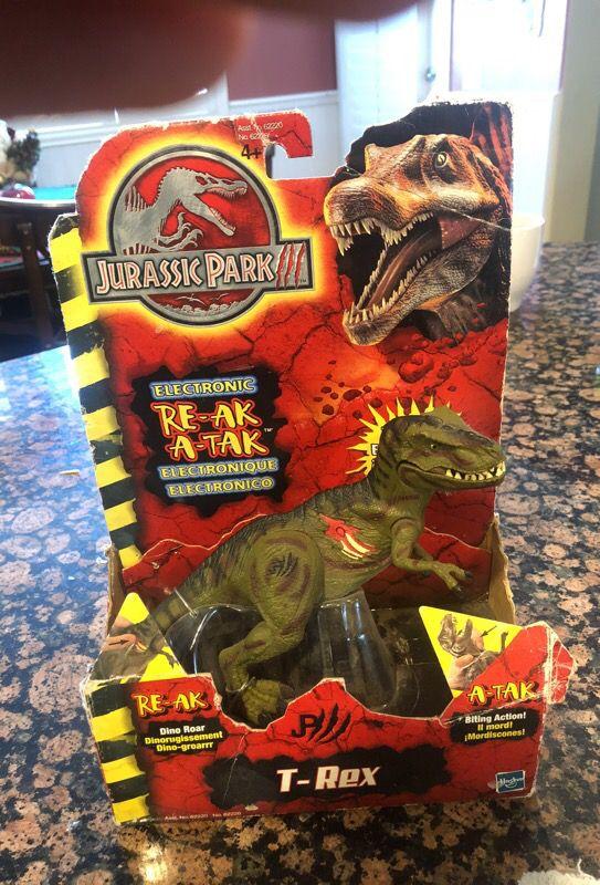 Jurassic Park 3 re-aj a-tak t-Rex toy Hasbro 2001 for Sale in Menifee, CA -  OfferUp