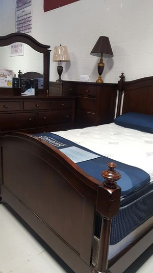 Queen Size Bed Set $1499 for Sale in Chantilly, VA