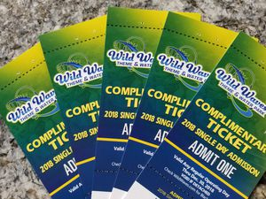 Wild Waves All Day Admition 5 Tickets total Valid till December 2018 for Sale in Kent, WA