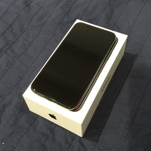 Black iPhone X 256 GB with Box and accesories! Like new! for Sale in Washington, DC
