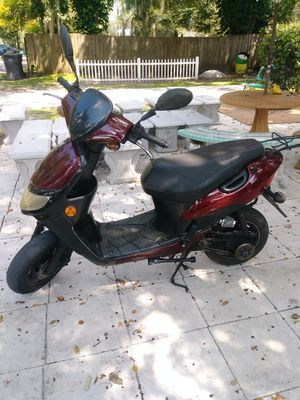2010 49cc 2 stroke for Sale in Plant City, FL
