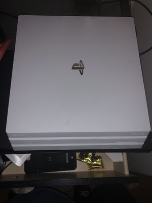 PlayStation 4 pro , great condition , had for 4 months for Sale in Washington, DC