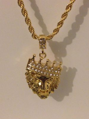 "New 24"" Gold Plated Chain With Pendant Charm for Sale in Kissimmee, FL"