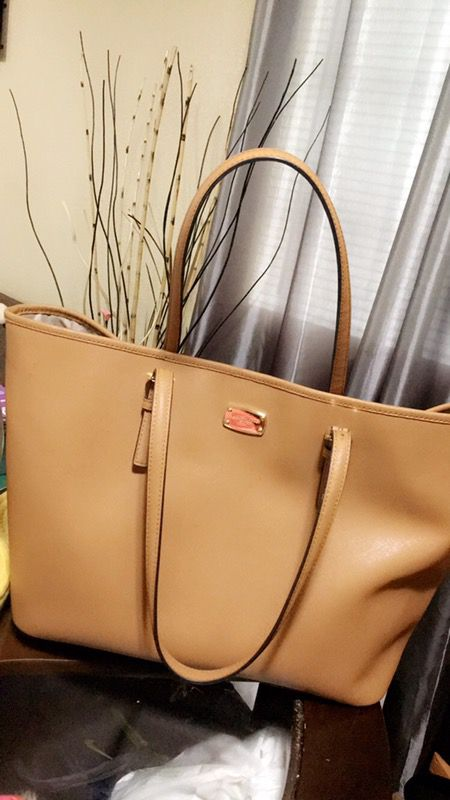 d8f5312fb064 Authentic MK Michael Kors tote bag for Sale in San Lorenzo, CA - OfferUp