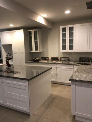 Pembroke Pines, FL. Kitchen cabinets 10x10 240inch $3,450 for Sale in Fort Lauderdale, FL
