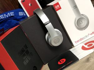 Beats Solo 3 Wireless for Sale in Montgomery Village, MD