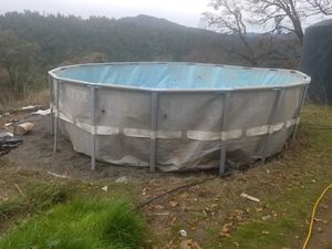 swimming pool for Sale in Garberville, CA
