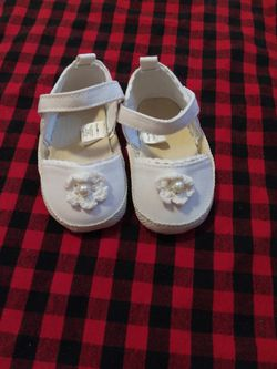 Baby Girl Shoes Size 9-12 Months Thumbnail