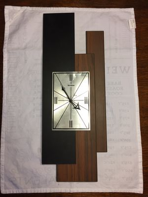 Vintage Mid Century Verichron Clock for Sale in Chicago, IL