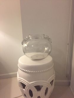 GORGEOUS GLASS VASE BOWL- DECOR Thumbnail