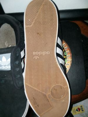 Great condition men's athletic adidas sneakers shoe size eight and a half for Sale in OH, US
