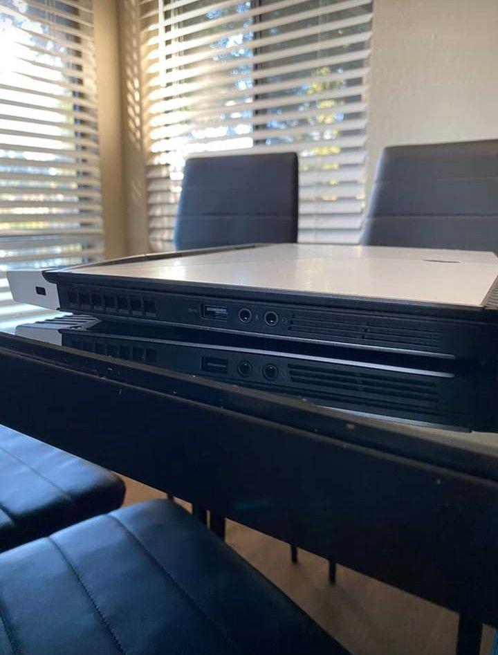 4k gaming laptop ( touchscreen )