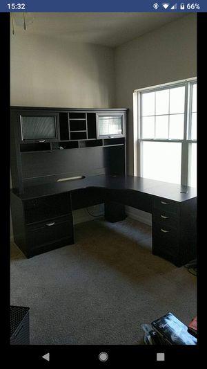 Computer/office desk for Sale in Alexandria, VA