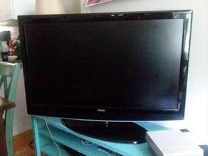 47 inch Haier tv for Sale in Denver, CO