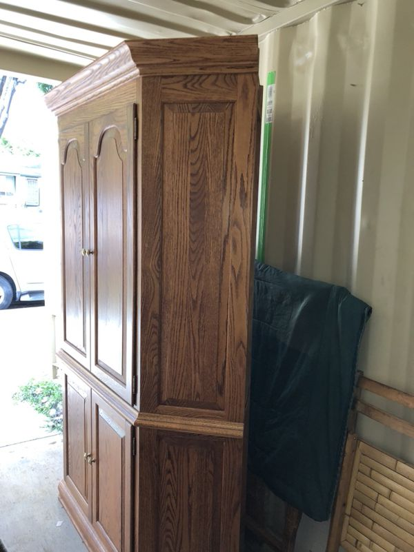Corner Computer Cabinet Solid Oak Desk Tv Or Hutch Beautiful Piece Of Furniture Last Chance To Make Offer For In San Jose Ca Offerup